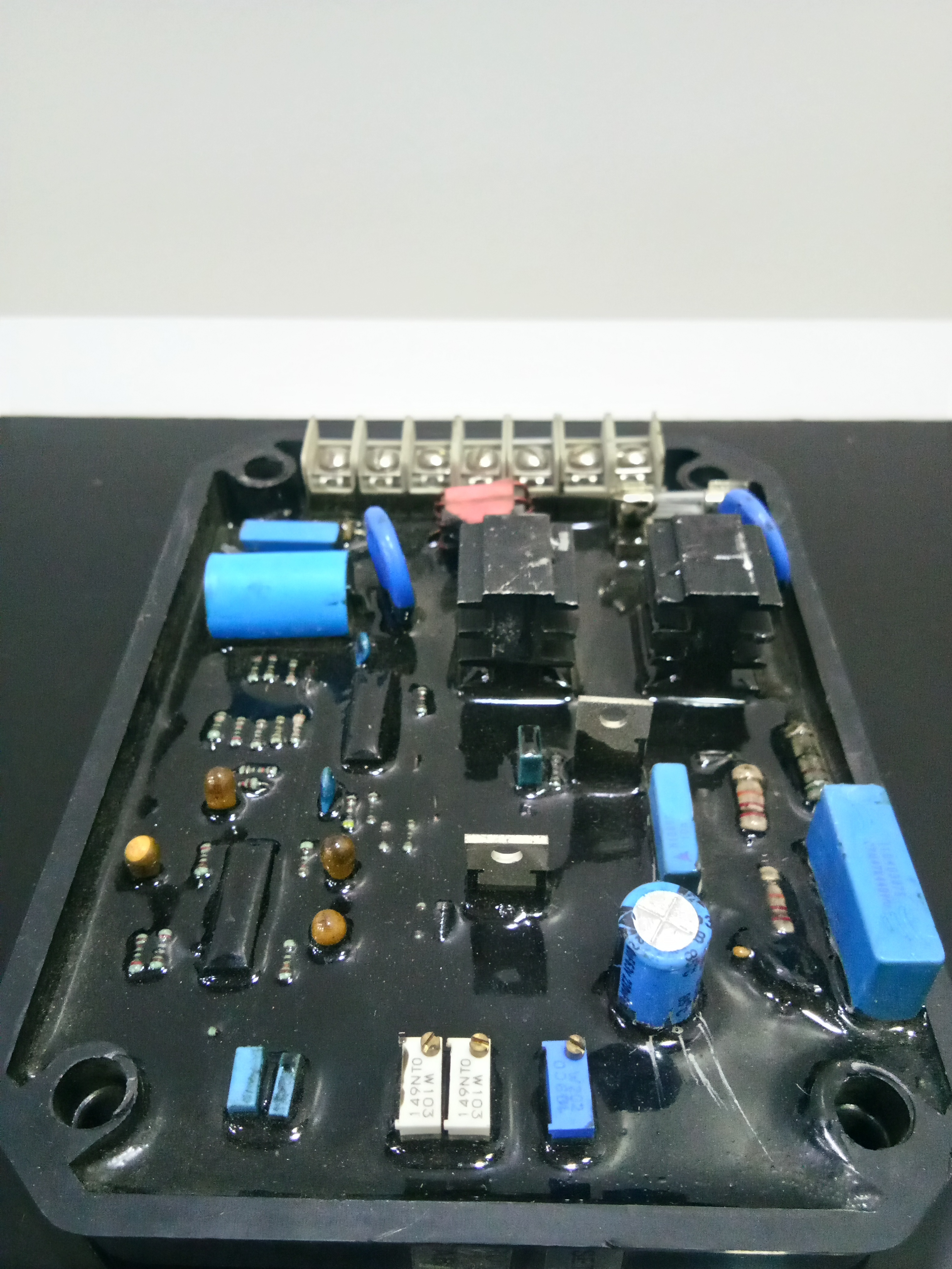 AVR-A4