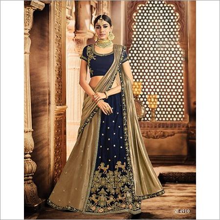 a6666affa0 Wedding Dresses In Surat, Wedding Dresses Dealers & Traders In Surat ...