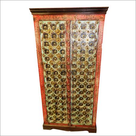 Wooden Brass Fitted Almirah