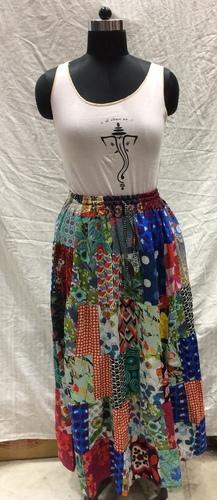 Ladies Elastic Patch Long Skirt