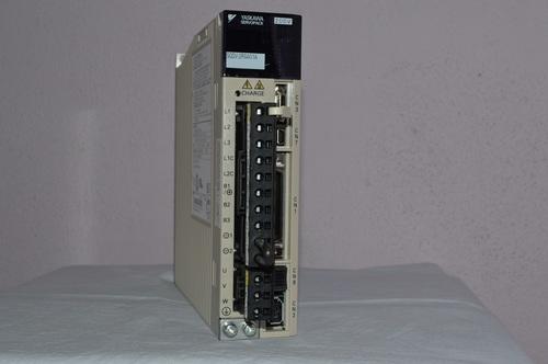Yaskawa Servo Drive SGDV-2R8A01A