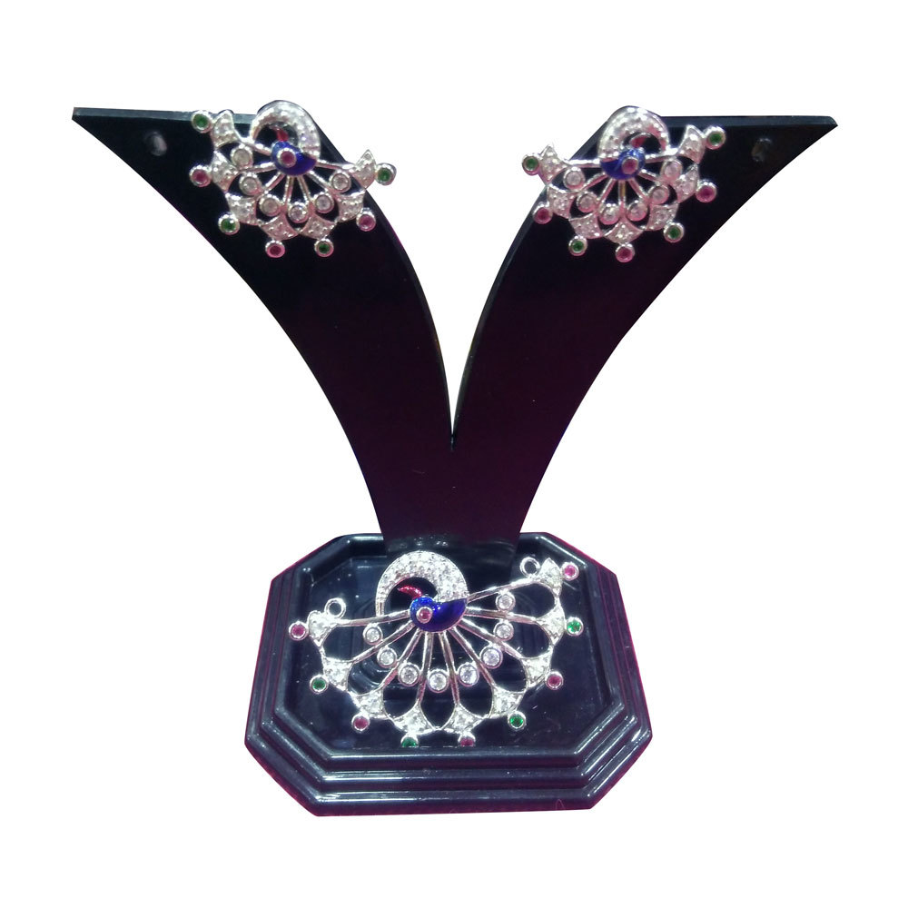 Ladies Earring With Pendant