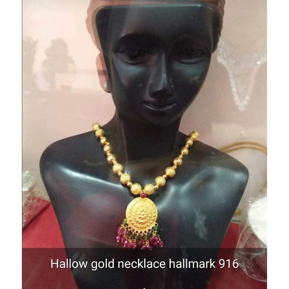 Ladies Hallow Gold Necklace