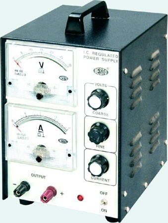 Analog Regulated Power Supply with two Analog Deluxe Meters