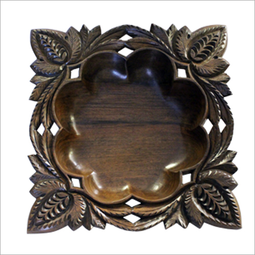 Leaf Design Carved Fruit Bowl
