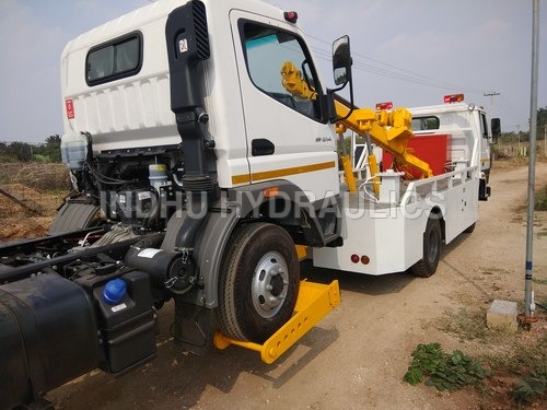 Recovery Vehicle - 23