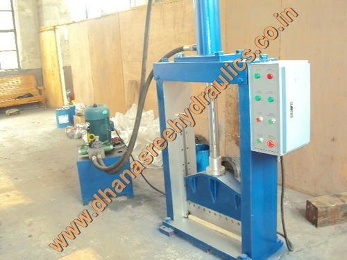 Hydraulic Bale Cutter