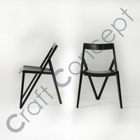 IRON V DESIGN CHAIR