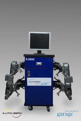 Computer Wheel Alignment Machine