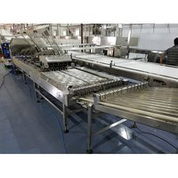 Four Lane Biscuit Sandwiching Machine With Row Multiplier