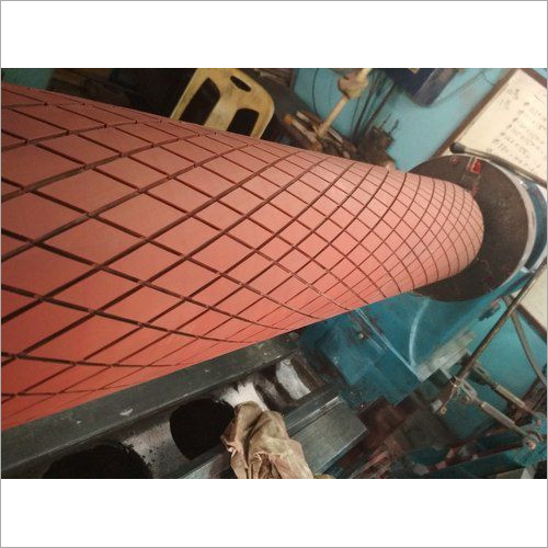 Diamond groove rubber roller