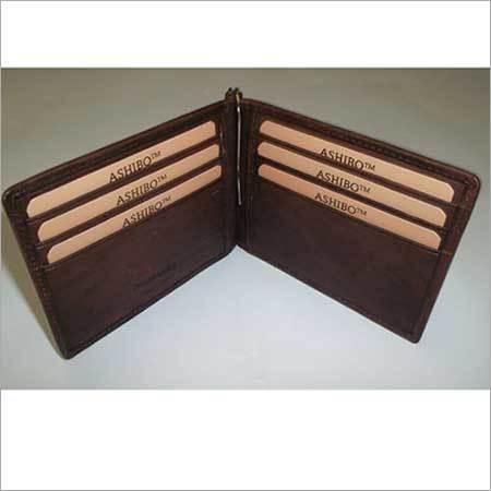 Center clip wallet
