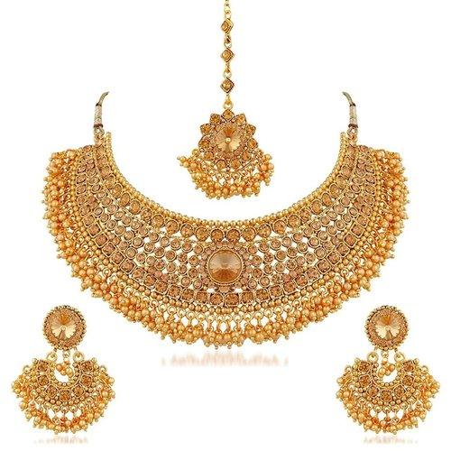 Traditional Gold Plated Kundan Choker Necklace Set With Tikka