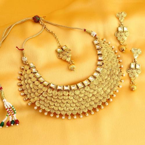 Gold Plated jalebi Chocker Necklace Set