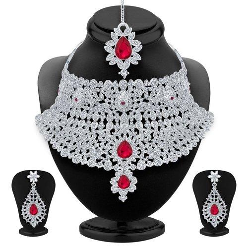 Unique Classic Rhodium Plated AD Necklace Set
