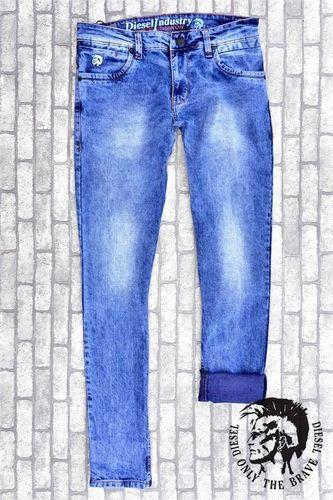 Narrow Bottom Jeans