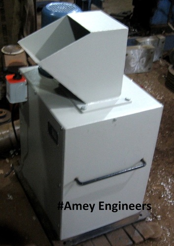 Agricultural waste / farm waste shredder
