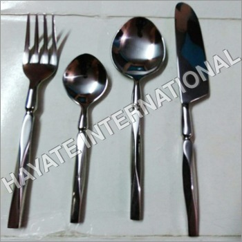 Cutlery Diamond Cutting Designed Set Of 4