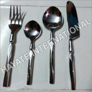 Cutlery Diamond Cutting Designed Set Of 4