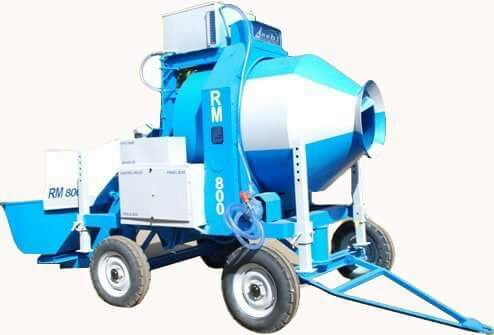Mobile concrete batching machine