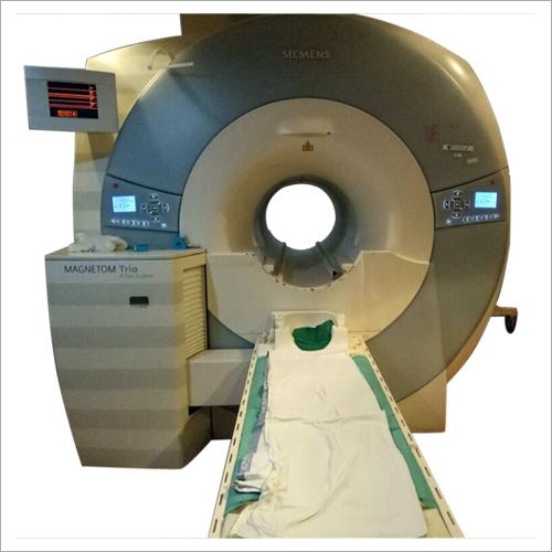 Magnetom Trio scanner