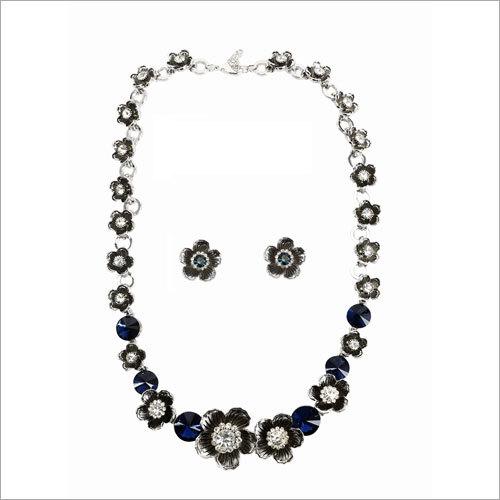 Starburst Sparkle Necklace Set