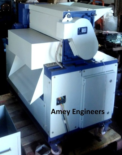 Heavy duty Cardboard, Corrugated Box Shredder