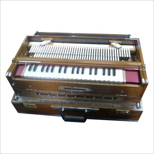 Triple Reed Harmonium
