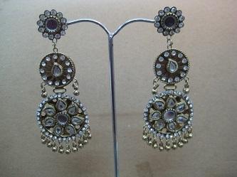 Light Weight Earrings Pair