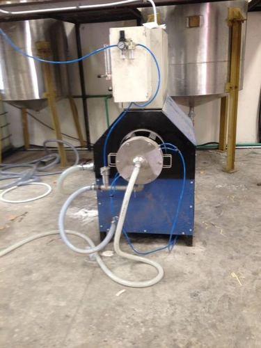 Foam generator for textile coating
