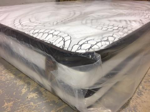 Spring mattress protector felt