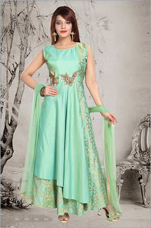 aa038da9d9 Girls Gown In Mumbai, Girls Gown Dealers & Traders In Mumbai ...
