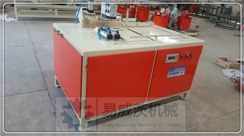 Wood Block Cutter by PLC Controlling