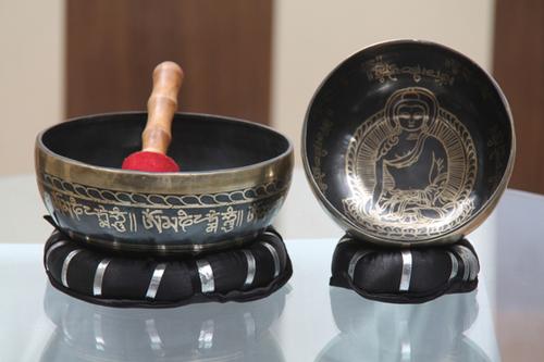Pedestal Singing Bowl