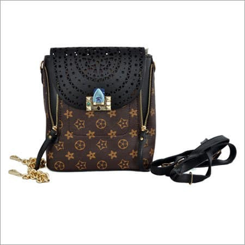 Ladies Handbag in Black and Brown