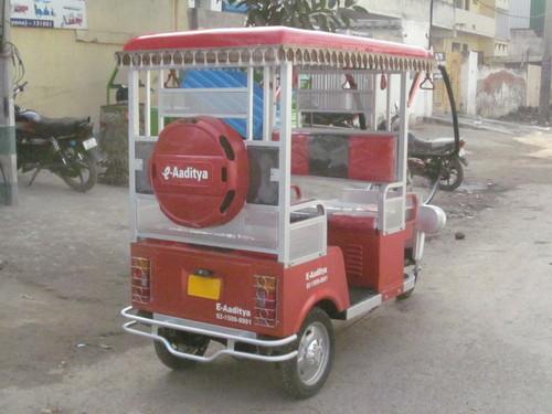 I want Buy E-Rickshaw