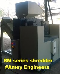 Scrap sheet metal shredder