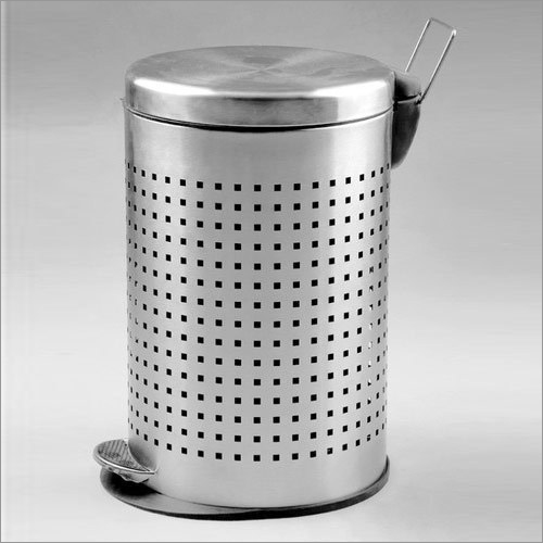 Bins Pedal Perforated (Small)