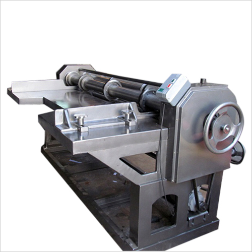Four Bar Cutting and Creasing Machine