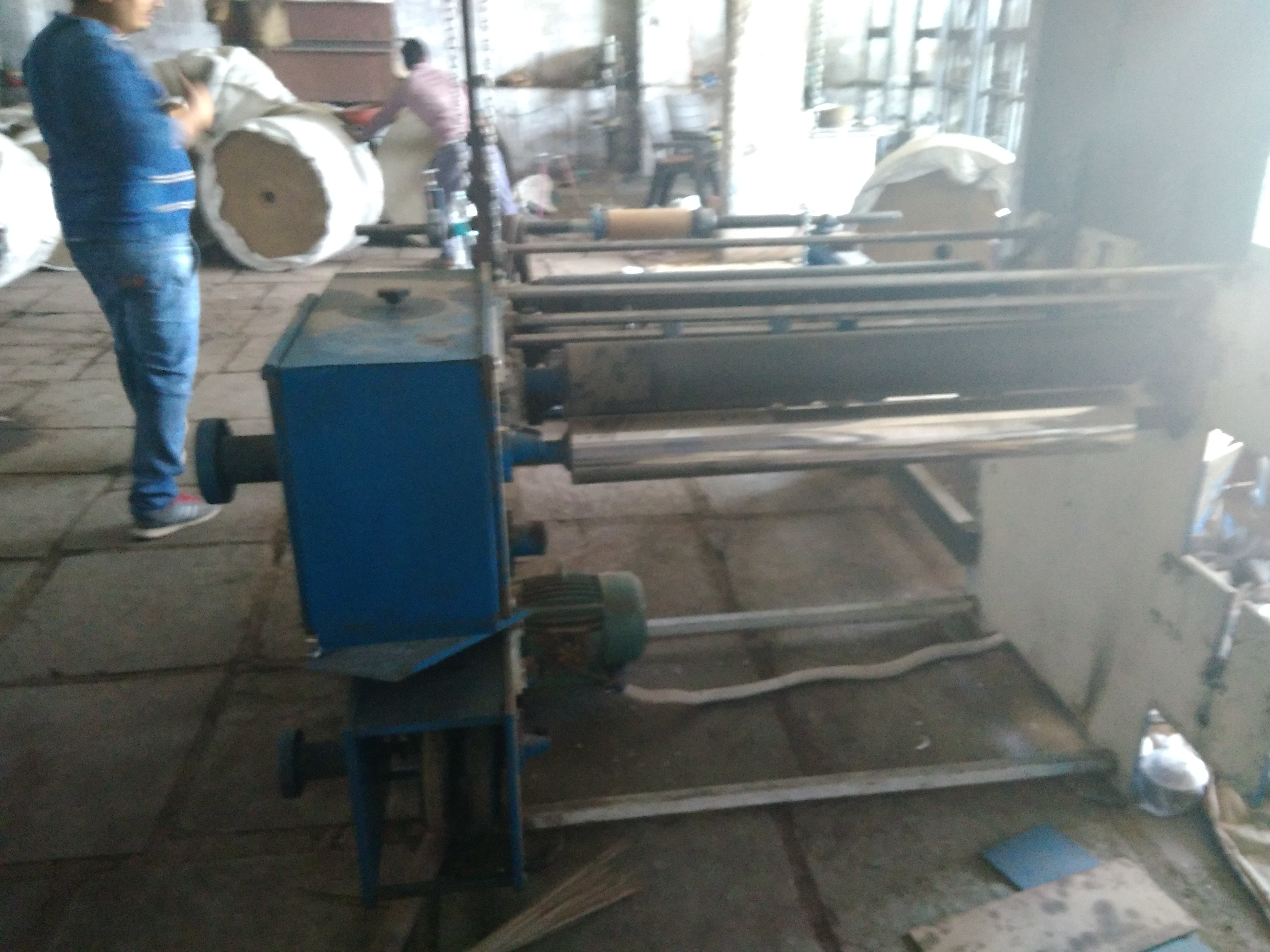 Automatic Laminate Dona Plate Machine