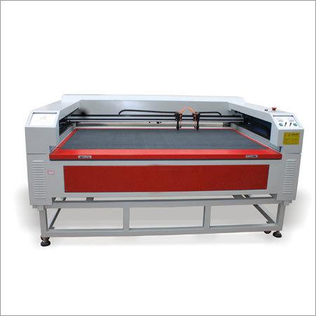 Medium Small Scale Laser Cutter Machine