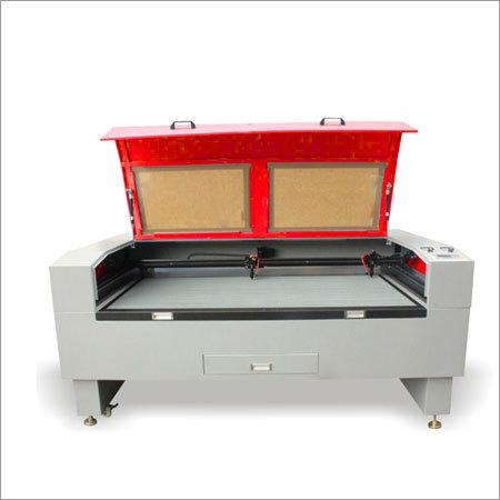 Medium Scale Laser Cutting Machine