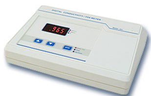 Digital Conductivity TDS/Meter RS – 641 (Hand Held)