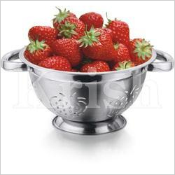 SS Deep Colander Strawberry Punch