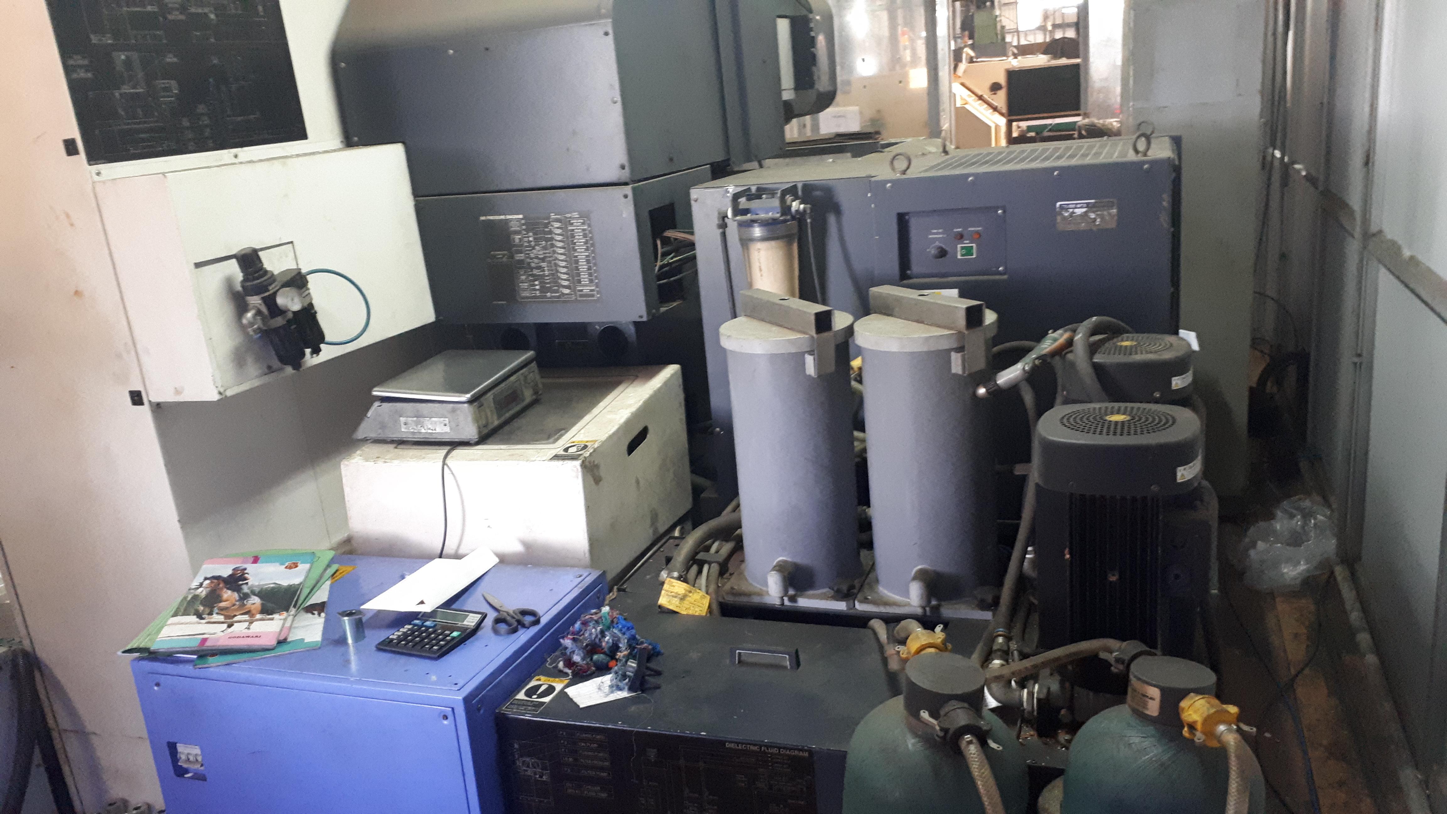 CNC Wirecut EDM MACHINE - CNC Wirecut EDM MACHINE Importer ...