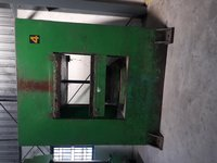 600 TON RUBBER MOULDING PRESS