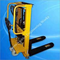 Hydraulic Lift Stackers