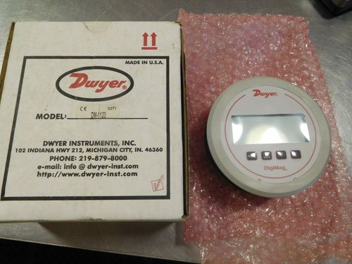 Dwyer USA DM-1123 Digi Mag Differential Pressure Gauge