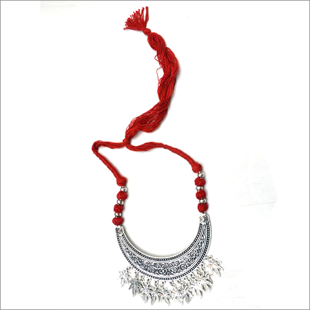 Fashionable Metal Necklace