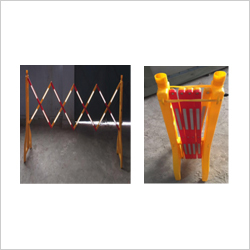 PLASTIC EXPANDABLE BARRIER YELLOW RED ECO